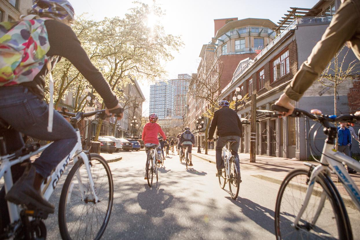 Vancouver-Cycle-City-Tours-Rolls-into-Gastown